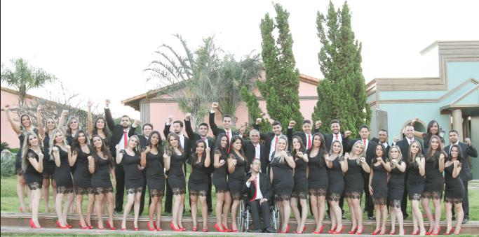 Foto da turma de Direito da Athenas