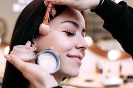 Maquiagem Foto Estúdio 8